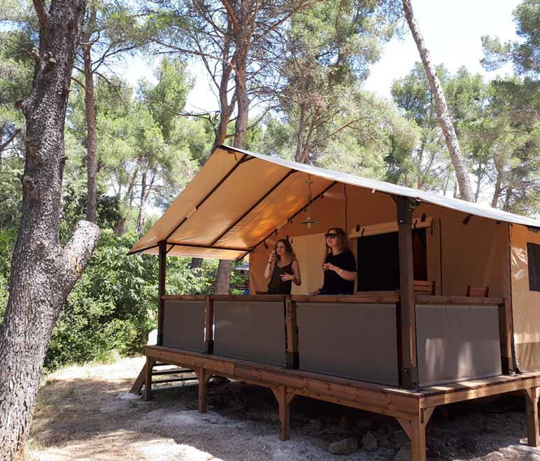 camping bouche du rhone vacances