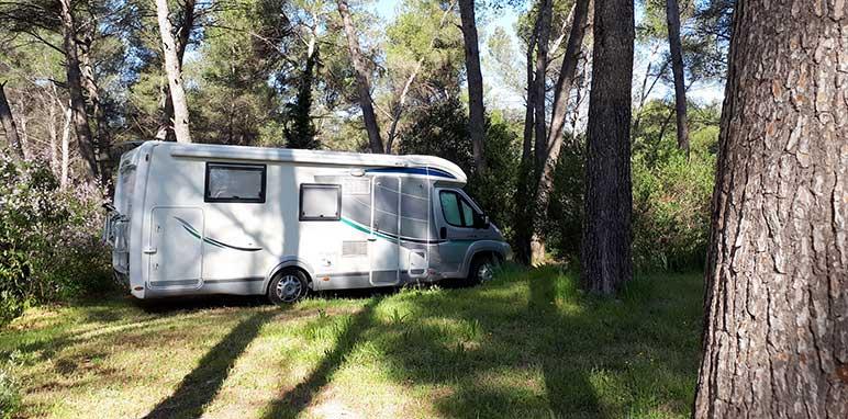 emplacement équipé camping-car à aubagne